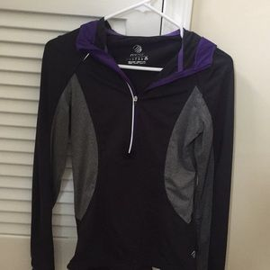 Workout long sleeve hoodie